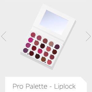 OFRA Makeup - OFRA Pro Palette Liplock